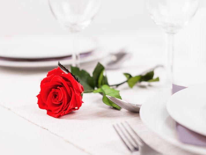 Lumottu ruusu – aito säilötty ruusu Image