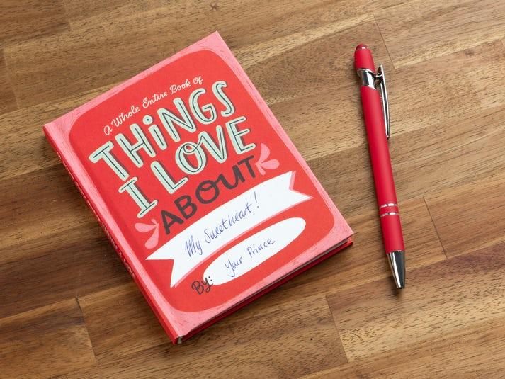 Things I Love About You Täydennettävä Kirja Image